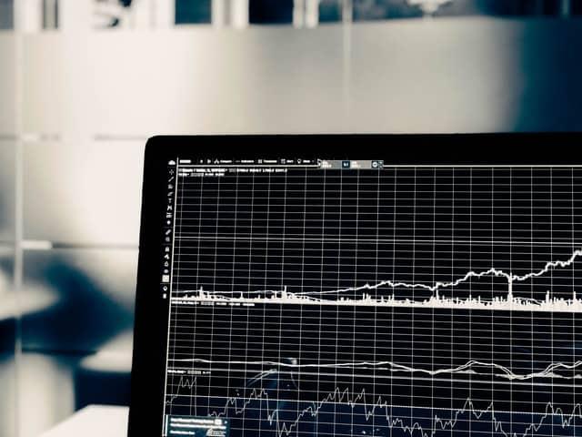Køb aktier (2021) - Kom nemt i gang med aktiehandel